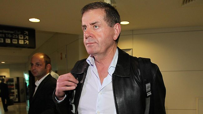 Peter Slipper pleaded to retain ongoing use of paper Cabcharge dockets. NOW WHY WOULD HE DOT THAT?