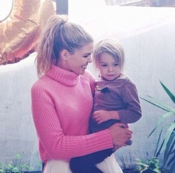 Belle Gibson Cancer charity scandal010