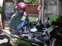 2016_ Australian Schapelle Corby going to buy something in Kuta after she made _0042
